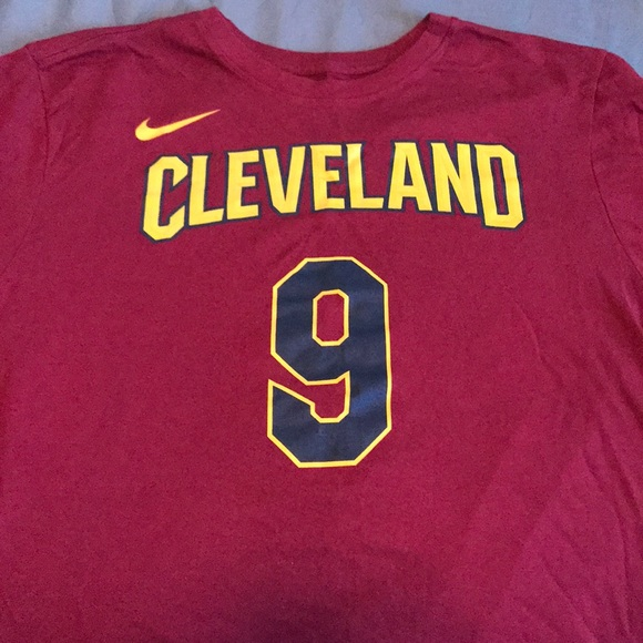 the latest e430e 0d317 Dwyane Wade Cavaliers jersey T-Shirt